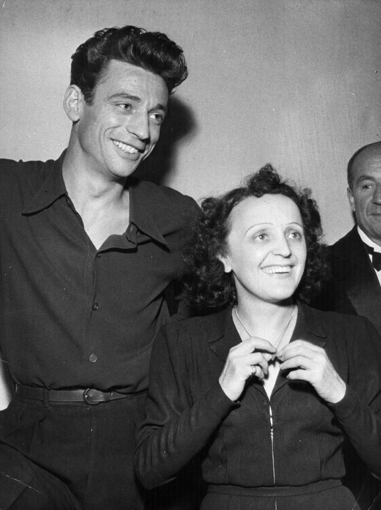 Με τον μεγαλύτερο έρωτα της ζωής της Ιβ Μοντάν. Τον γνώρισε άσημο τραγουδιστή και τον έκανε σταρ (Hulton Archive/Getty Images)