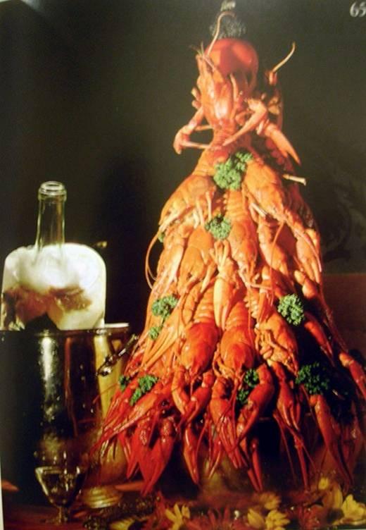 . Γι' αυτό λατρεύω τα οστρακόδερμα. Είναι φαγητό που και μόνο η μάχη να του αφαιρέσεις το κέλυφος το καθιστά ευάλωτο στην κατάκτηση του ουρανίσκου μας.