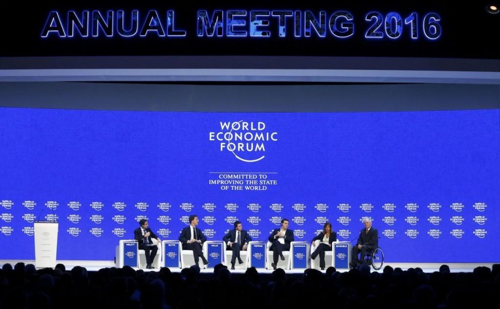 2016-01-21T101706Z_541011850_LR1EC1L0SK79N_RTRMADP_3_DAVOS-MEETING