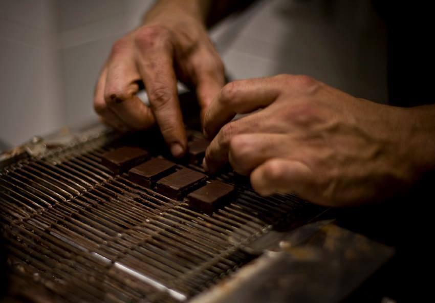 DARK_SIDE_OF_CHOCOLATE_chocolate_man_at_work