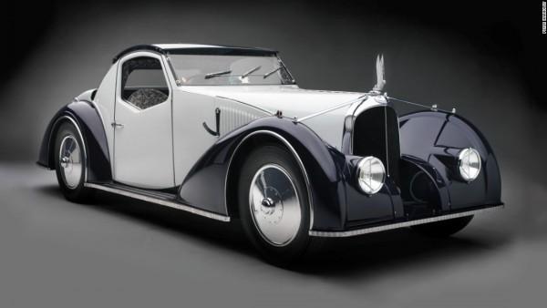 Delahye 135MS Roadster του 1937 Το πανέμορφο διθέσιο μοντέλο ξεχώριζε για τις καταπληκτικές γραμμές του, αλλά και για το λουσάτο δερμάτινο σαλόνι, που φτιάχτηκε από τον γαλλικό οίκο μόδας Hermes.