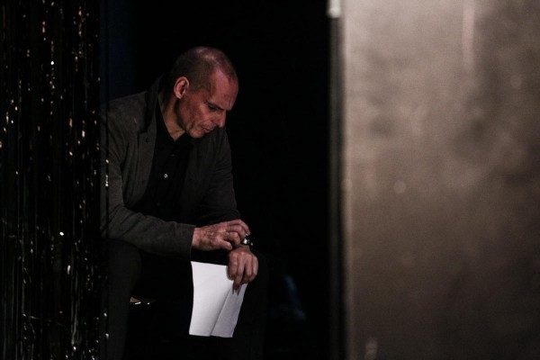 Official Presentation of DiEM25, a political movement that declares it intends to democratize the European Union. The presentation hosted by Yanis Varoufakis, took place in The Volksbuhne (People'sTheatre)  theater in Berlin, on Feb. 9, 2016, and it attracted attention from media of Europe as well as Athens / Επίσημη παρουσίαση του DiEM25, μιας πολιτικής κίνησης με σκοπό τον εκδημοκρατισμό της Ευρωπαικής Ένωσης, στο θέατρο Volksbuhne, στο Βερολίνο, στις 9 Φεβρουαρίου, 2016