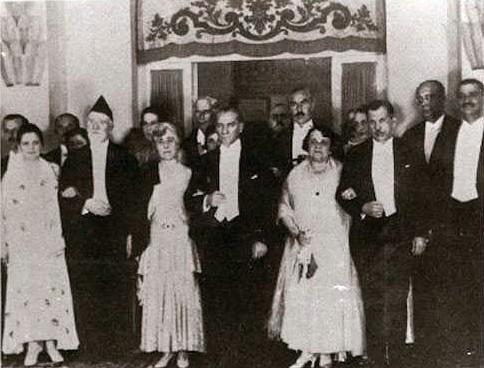 Ο Βενιζέλος με τον Ατατούρκ στην Άγκυρα τον Οκτώβριο του 1930