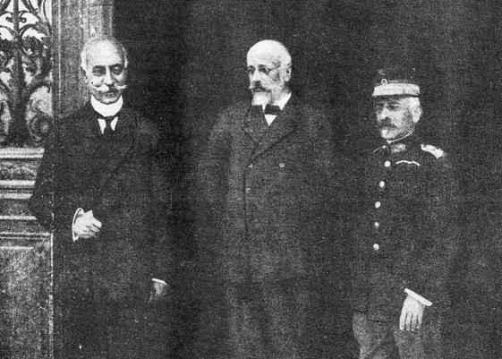 Η ηγετική τριανδρία της Εθνικής Αμύνης. Από αριστερά: Παύλος Κουντουριώτης, Ελευθέριος Βενιζέλος, Παναγιώτης Δαγκλής