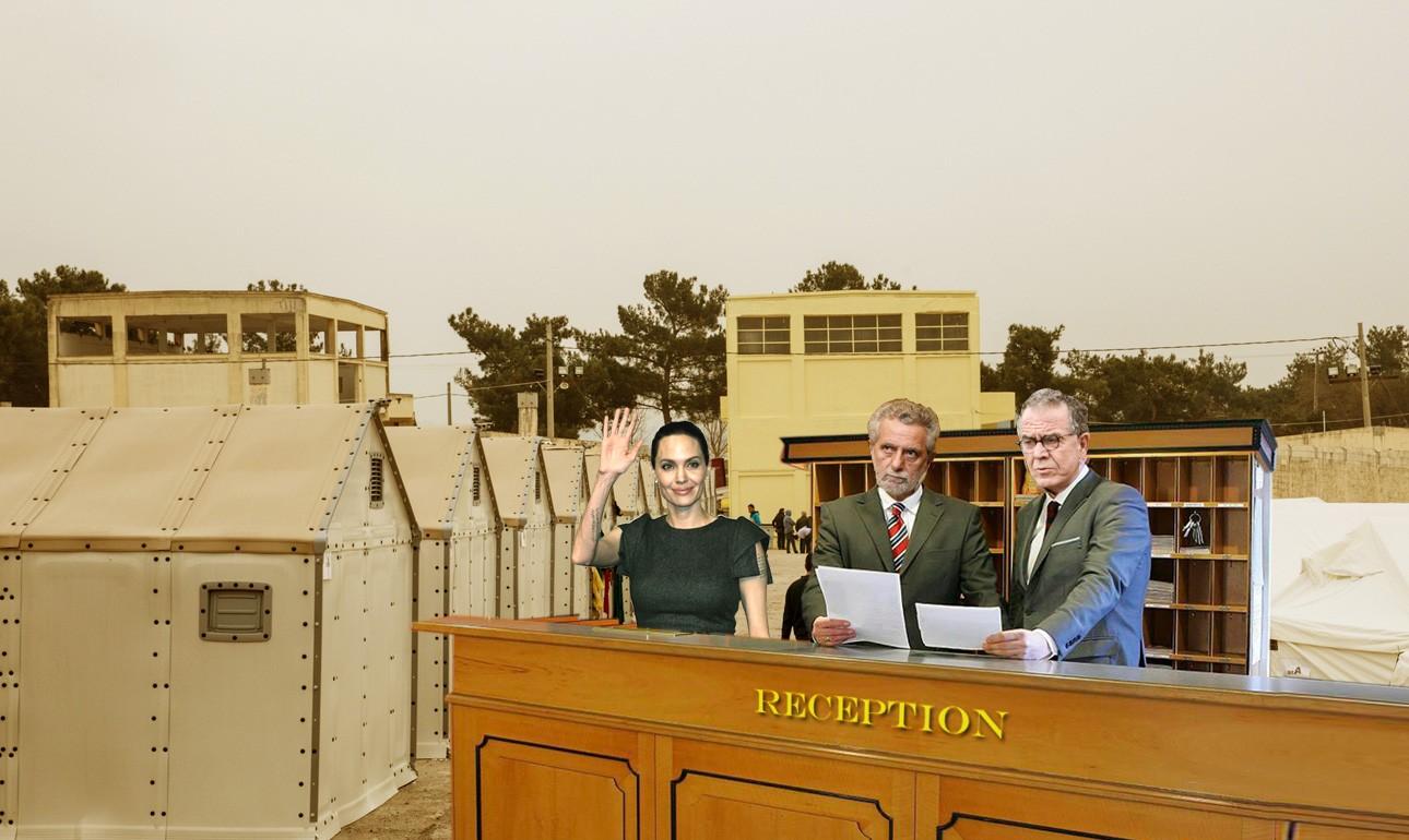 Το desk των Διαβατών που χάρη στον στρατό προσφέρει πλέον υπηρεσίες 5άστερου ξενοδοχείου