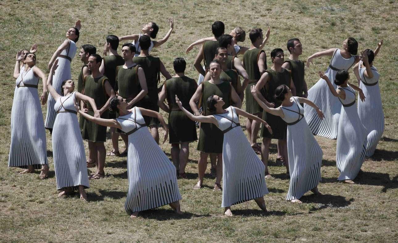 Η χορογραφία πραγματοποποιήθηκε κάτω από τον ζεστό ήλιο του Απριλίου