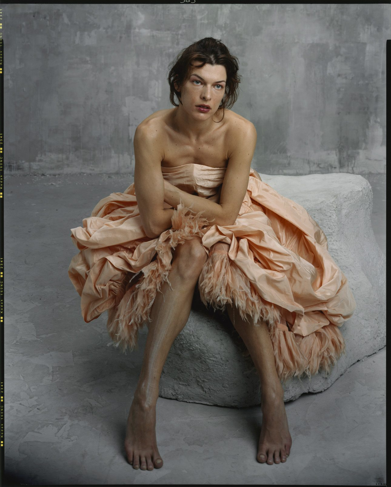 Milla Jovovich, étude, March 2005, Paris