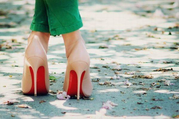 Christian-Louboutin-high-heels (1)