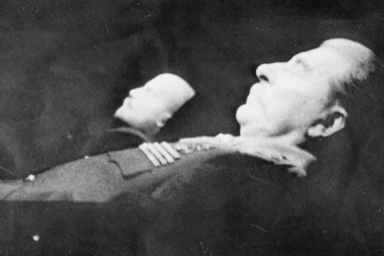 Stalins-und-Lenins-Leichen-Foto