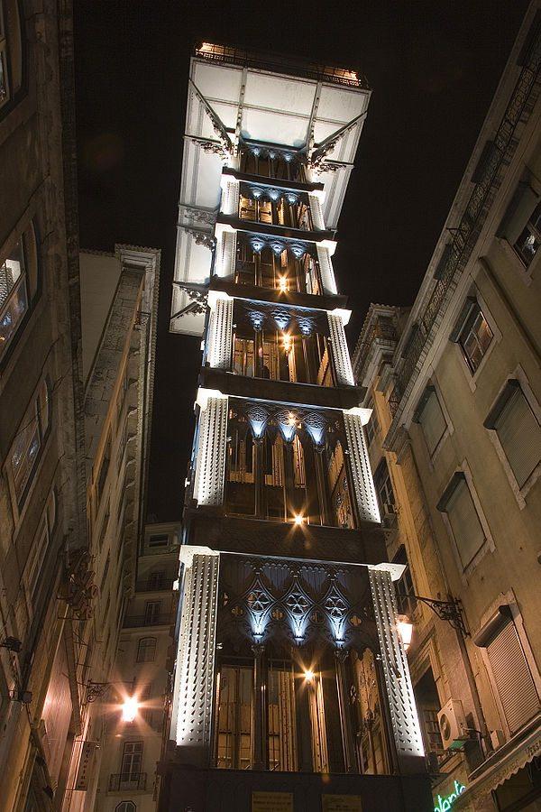 600px-Lisbon_(Lisboa)_historic_elevator_Santa_Justa_Luca_Galuzzi_2006
