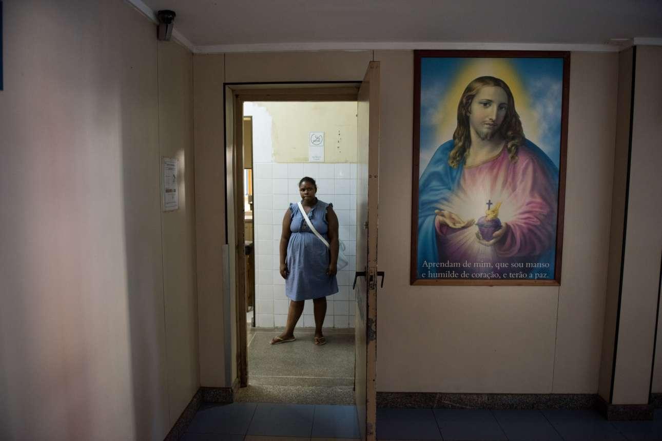 Χιλιάδες άνθρωποι φτάνουν καθημερινά στα νοσοκομεία ολόκληρης της χώρας για εξετάσεις
