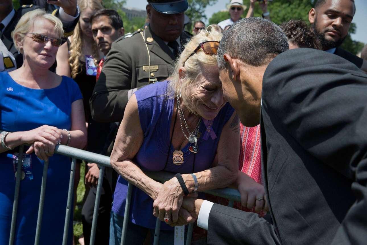 Η ικανότητα του Ομπάμα να επικοινωνεί με τους πολίτες χωρίς να χρειάζεται να πει λέξη είναι αυτή που τον κάνει να ξεχωρίζει