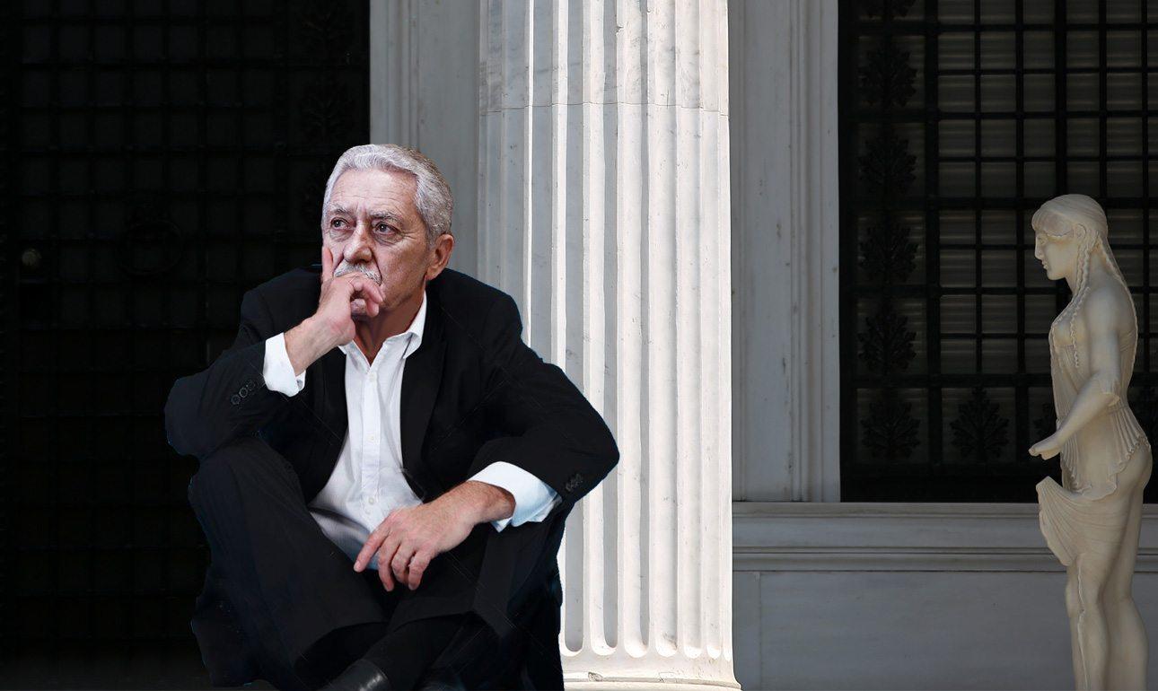 Σκεπτικός και προβληματισμένος για το μέλλον της κεντροαριστεράς ήταν ο Φώτης Κουβέλης που ξενύχτησε στα σκαλιά του Πρωθυπουργού