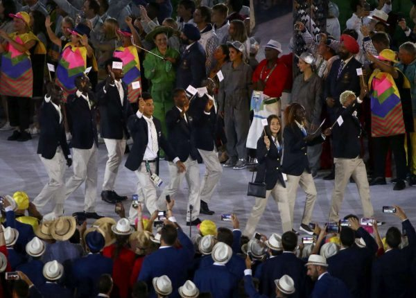2016-08-06T015559Z_301945313_RIOEC8605CTVH_RTRMADP_3_OLYMPICS-RIO-OPENING