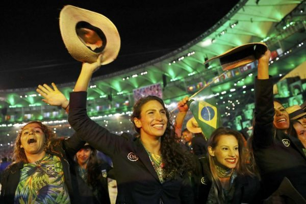 2016-08-06T021401Z_1785364341_RIOEC86066N5H_RTRMADP_3_OLYMPICS-RIO-OPENING