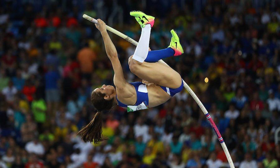 Η Κατερίνα Στεφανίδη ίπταται προς το μετάλλιο