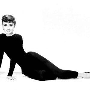 Annex - Hepburn, Audrey (Sabrina)_15