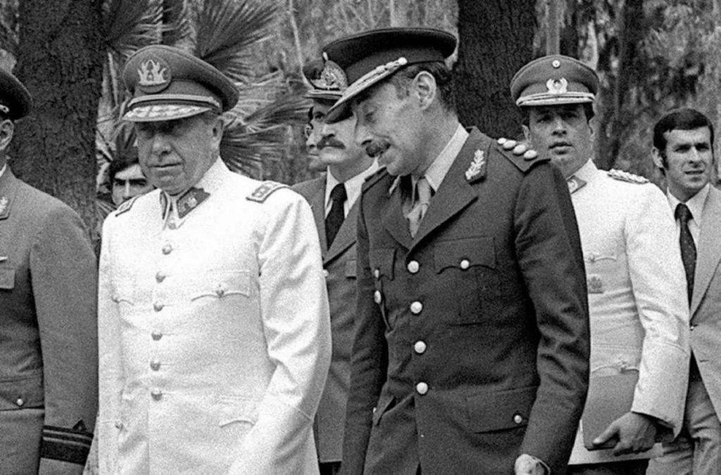 Augusto-Pinochet-Chile-y-Jorge-Videla-Argentina