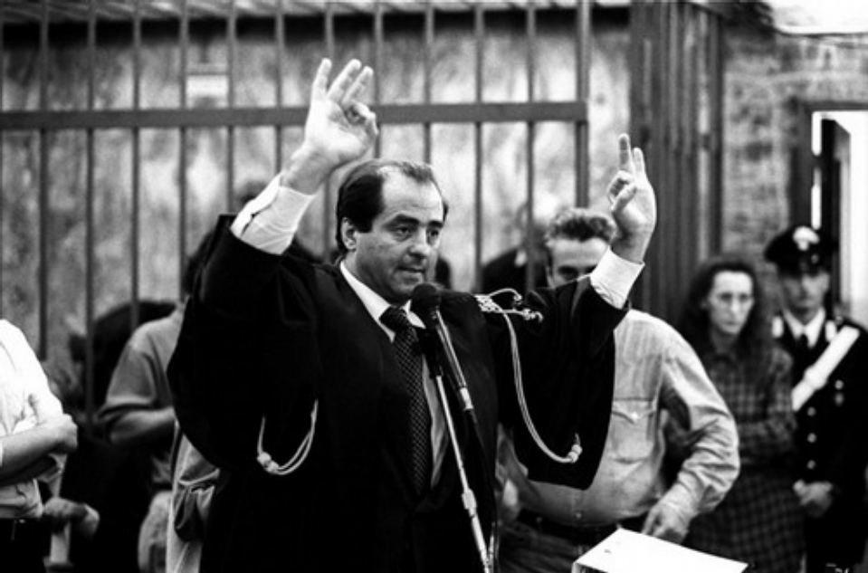Περιμένοντας την επανάσταση των δικαστών | Protagon.gr
