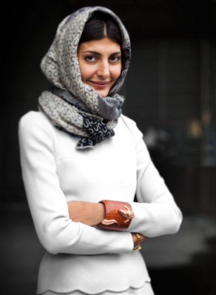 giovanna-battaglia-gray-head-scarf-print-scarf-white-Favim.com-91287