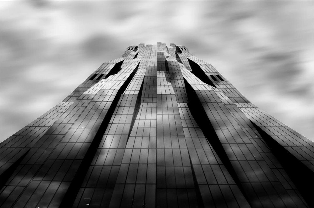 Ενα κτίριο σαν σκηνικό από τη ταινία «Blade Runner» στη Βιέννη, Αυστρία