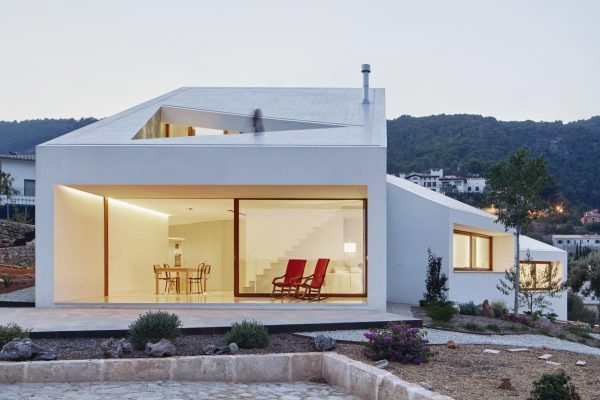 11. house_mm_by_oh_lab