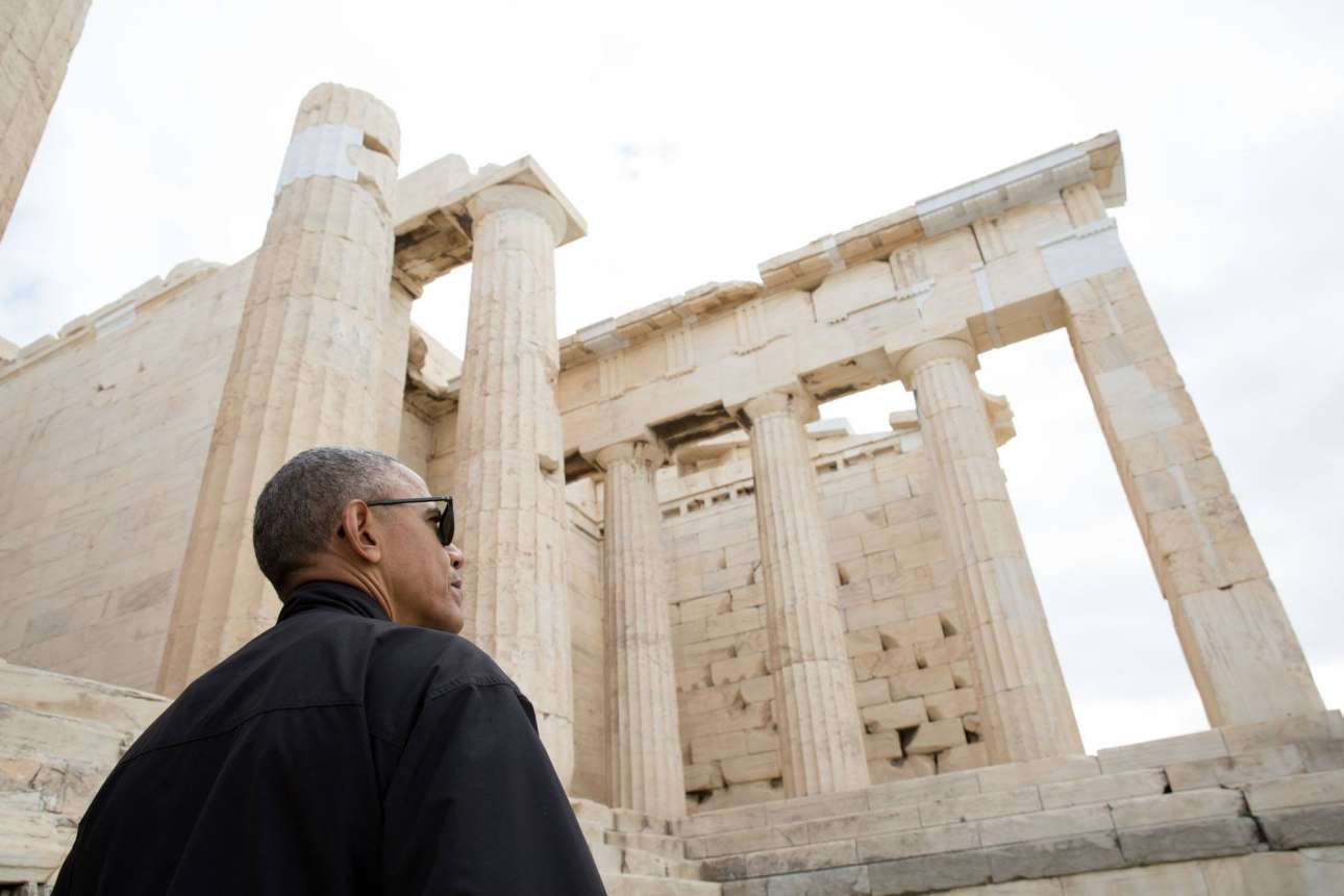 O Μπαράκ Ομπάμα στην επίσκεψή του στον Ιερό Βράχο