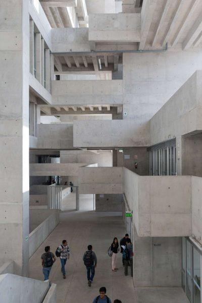 universidad-de-ingenieria-y-tecnologi-lima-peru-grafton-architects-riba-international-prize-_dezeen_2364_col_1