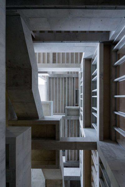universidad-de-ingenieria-y-tecnologi-lima-peru-grafton-architects-riba-international-prize-_dezeen_2364_col_2