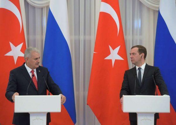 2016-12-06T160926Z_1659701503_RC1ABFA03A00_RTRMADP_3_TURKEY-RUSSIA-POWER
