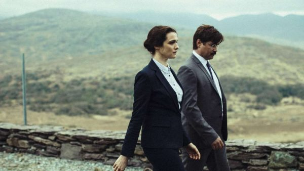 la-et-mn-0513-the-lobster-review-colin-farrell-051316-20160509-snap