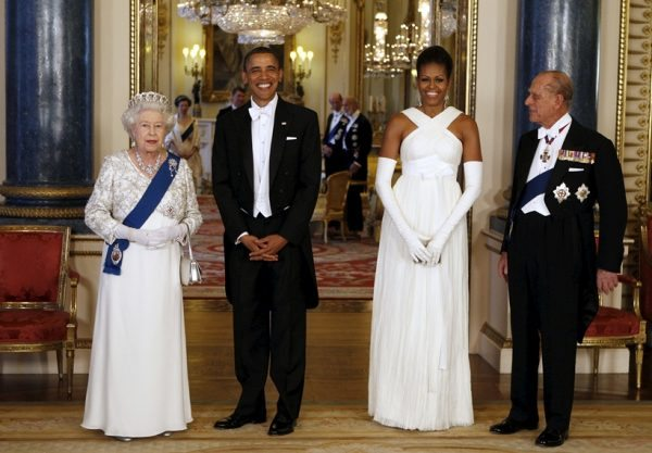 """U.S. President Barack Obama (2nd L) and first lady Michelle Obama (2nd R) pose with Queen Elizabeth and Prince Phillip, Duke of Edinburgh before a State Dinner at Buckingham Palace in London in this May 24, 2011 file photo. Queen Elizabeth celebrates her 90th birthday on April 21, 2016. REUTERS/Larry Downing/Files SEARCH 'Queen 90th"""" FOR ALL IMAGES"""