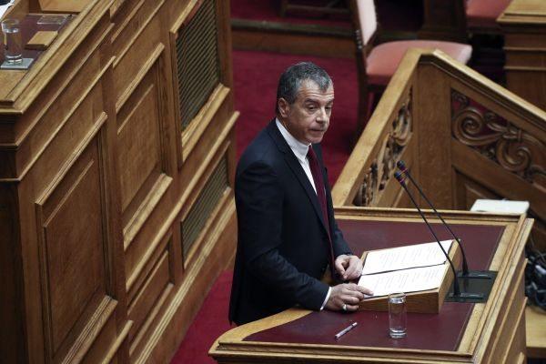 Ο Σταύρος Θεοδωράκης μίλησε στη Βουλή με ονόματα