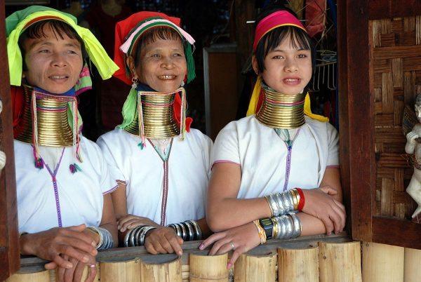 1200px-Kayan_women_Burma_1