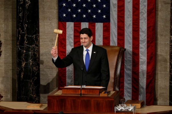 2017-01-03T192048Z_551737286_RC135BA53AA0_RTRMADP_3_USA-CONGRESS-RYAN