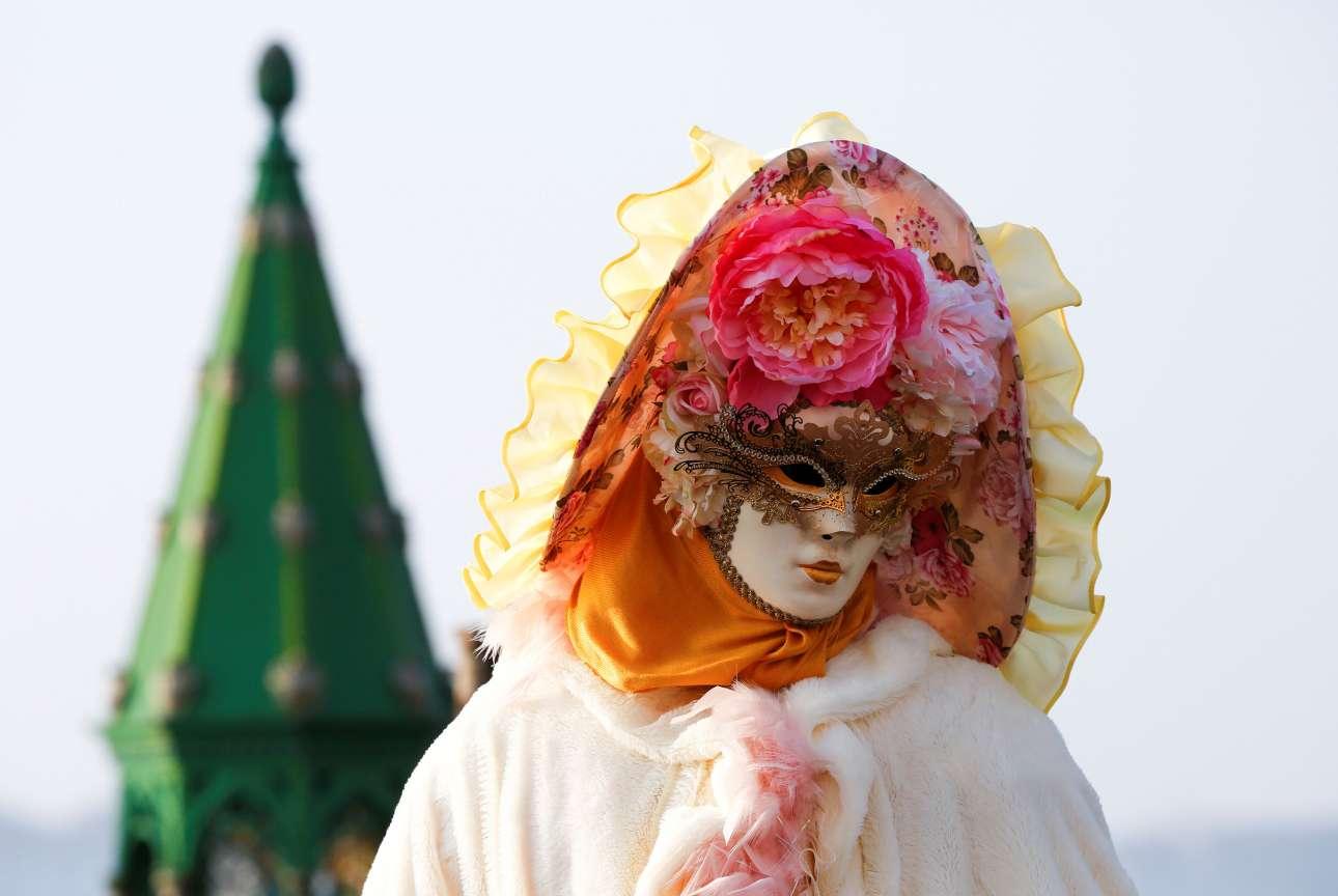 Το σήμα κατατεθέν του βενετσιάνικου καρναβαλιού, οι περίτεχνες μάσκες