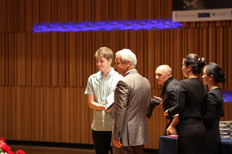 6ος διεθνής διαγωνισμός Antonin Dvorak, απονομή πρώτου βραβείου (Πράγα 2015)