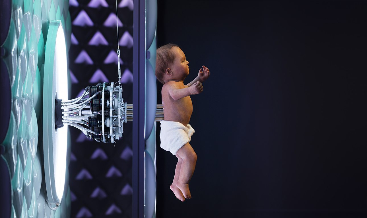 Animatronic baby on display in the Robots_1290