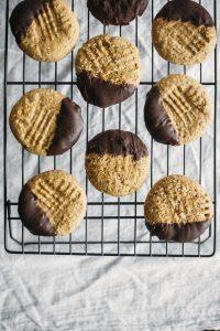 Chocolate-Dipped-Tahini-Cookies-2-768x1152