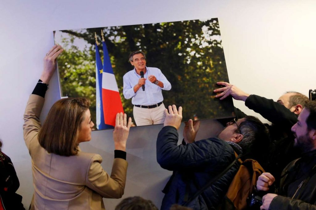 2017-03-01T121345Z_137696080_RC146F0081D0_RTRMADP_3_FRANCE-ELECTION-FILLON-STATEMENT