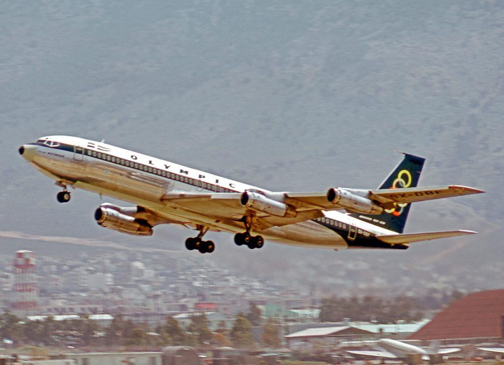 Boeing_707-384B_SX-DBF_Olympic_ATH_22.04.73_edited-2