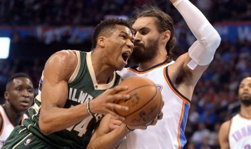 2017-04-05T003639Z_395657527_NOCID_RTRMADP_3_NBA-MILWAUKEE-BUCKS-AT-OKLAHOMA-CITY-THUNDER