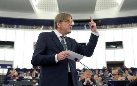 2017-04-05T093621Z_1230751117_RC1555CBF460_RTRMADP_3_EUROPE-POLITICS