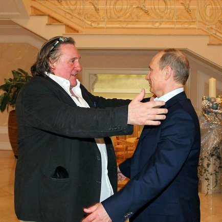 Gérard_Depardieu_and_Vladimir_Putin,_Sochi,_Russia,_2013-01-06_1