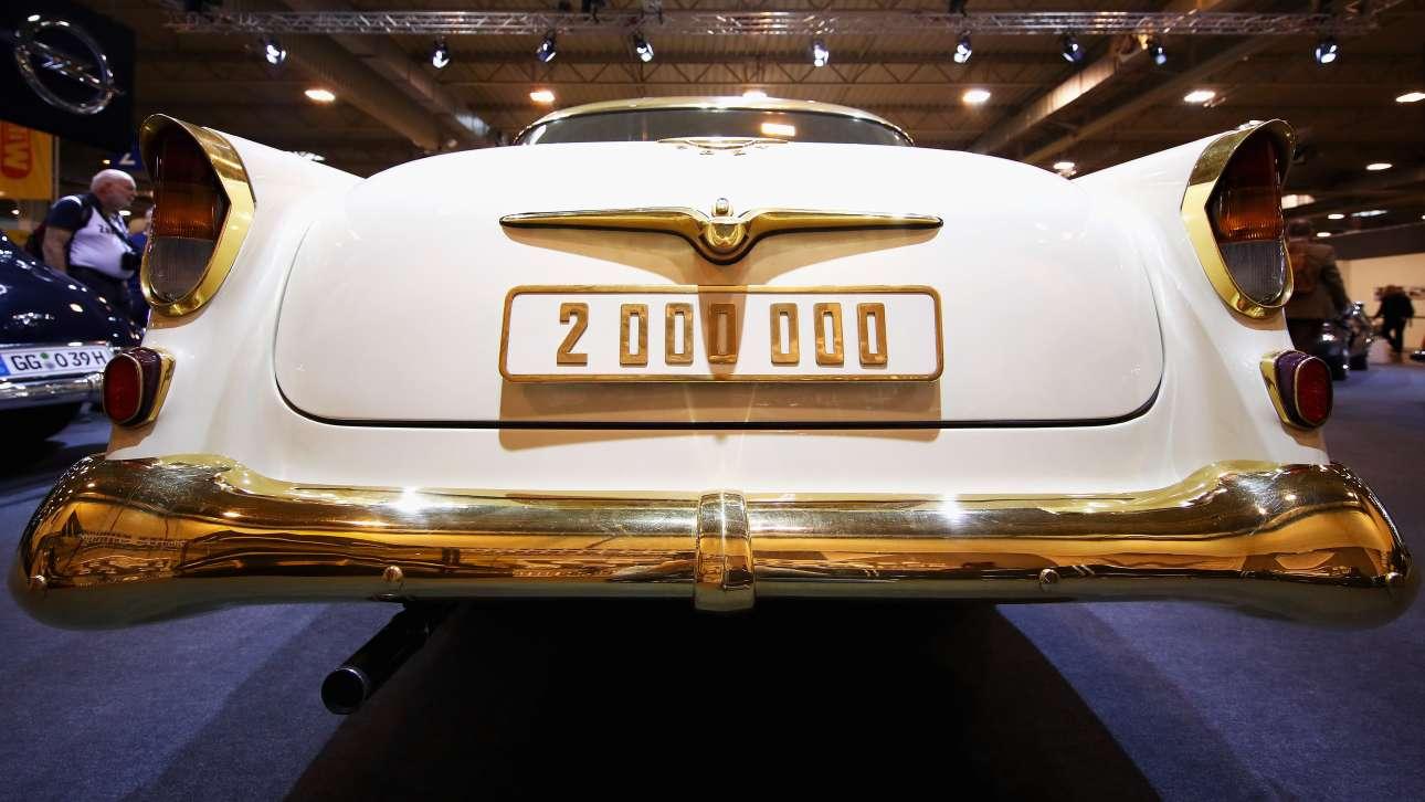 Ο ξεχωριστός βίντατζ σχεδιασμός του Opel Kapitan, μοντέλο του 1956