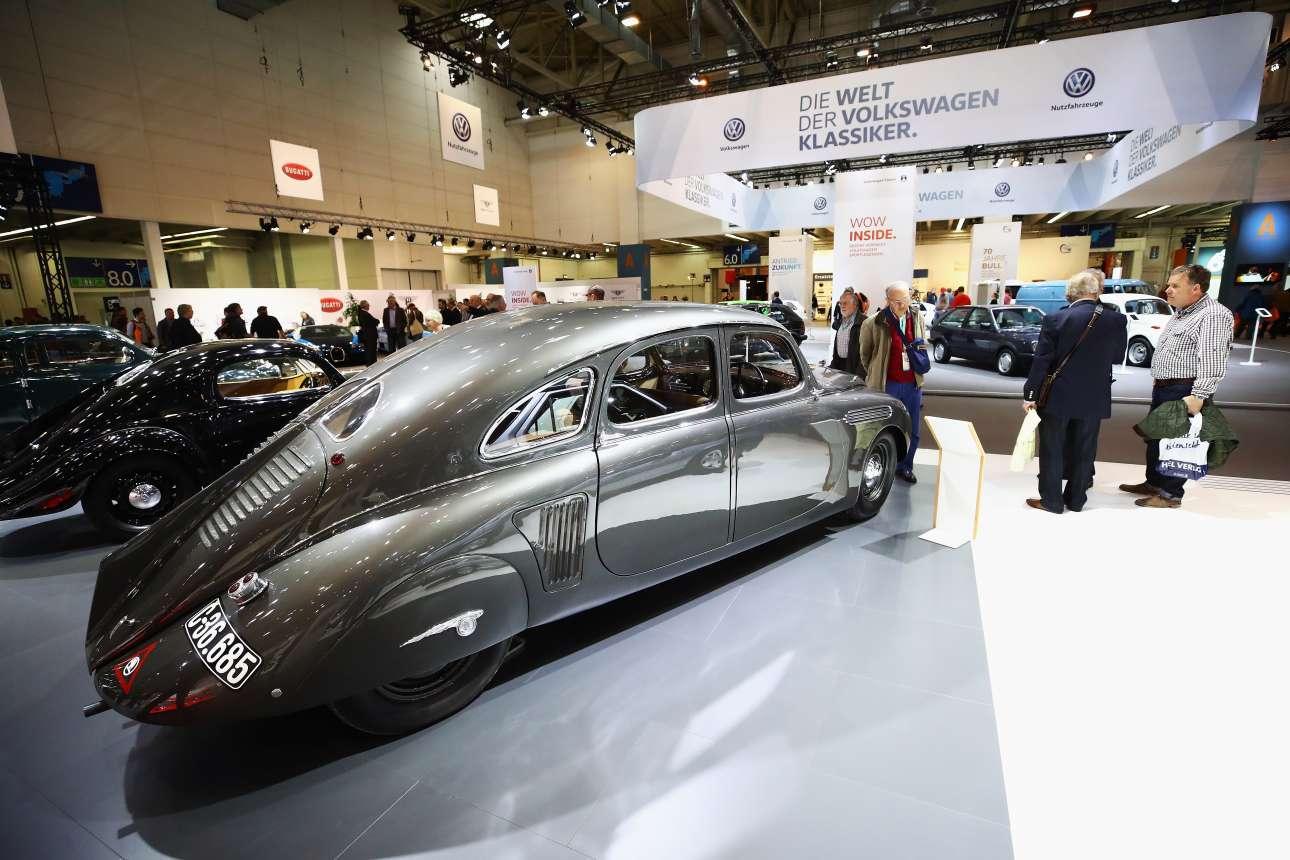 Το φουτουριστικό design συναντά το κλασικό, στο μοντέλο Skoda 935 Dynamic του 1935