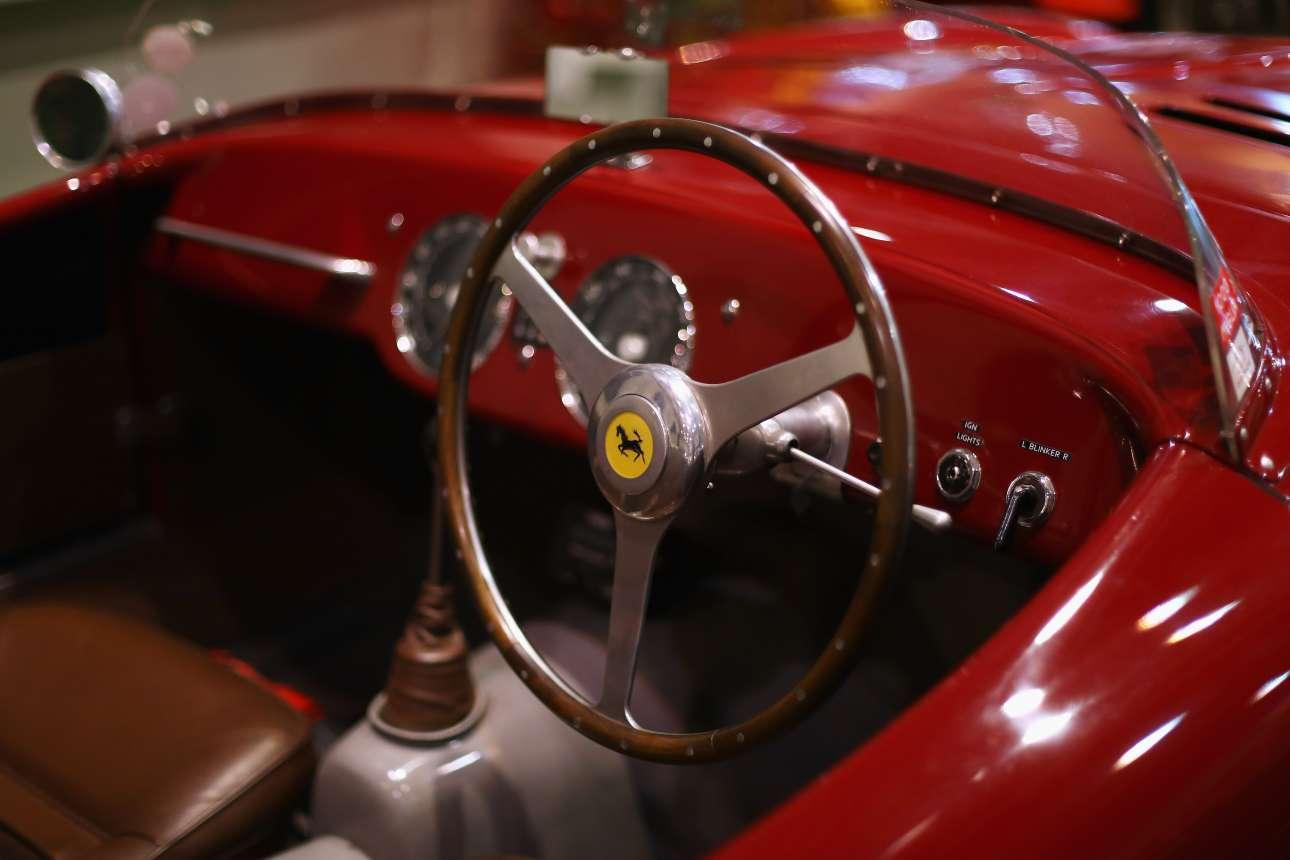 Το υπέροχο εσωτερικό του αγωνιστικού μοντέλου Ferrari 225 S Vignale, γνωστό και ως Formula 1, το οποίο χρονολογείται στο 1952