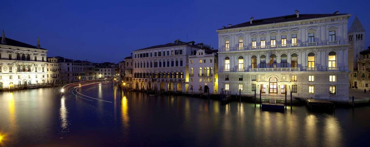Palazzo_Grassi_1