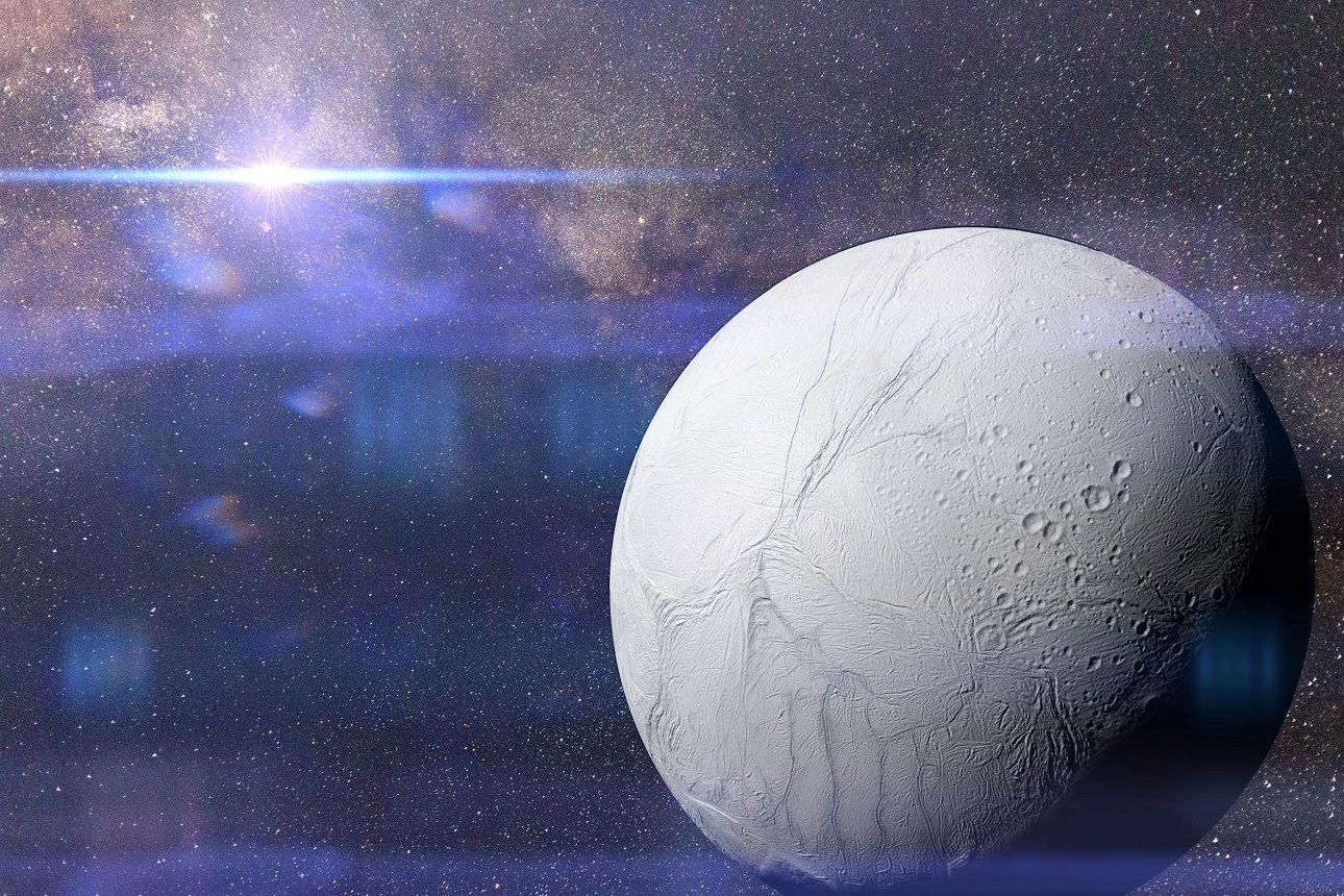 Ο αστροφυσικός Νίκολας Αλτομπέλι, μέλος της αποστολής Cassini μιλάει στο protagon για τον «φιλόξενο» ωκεανό που υπάρχει στο παγωμένο φεγγάρι του Κρόνου (Shutterstock)