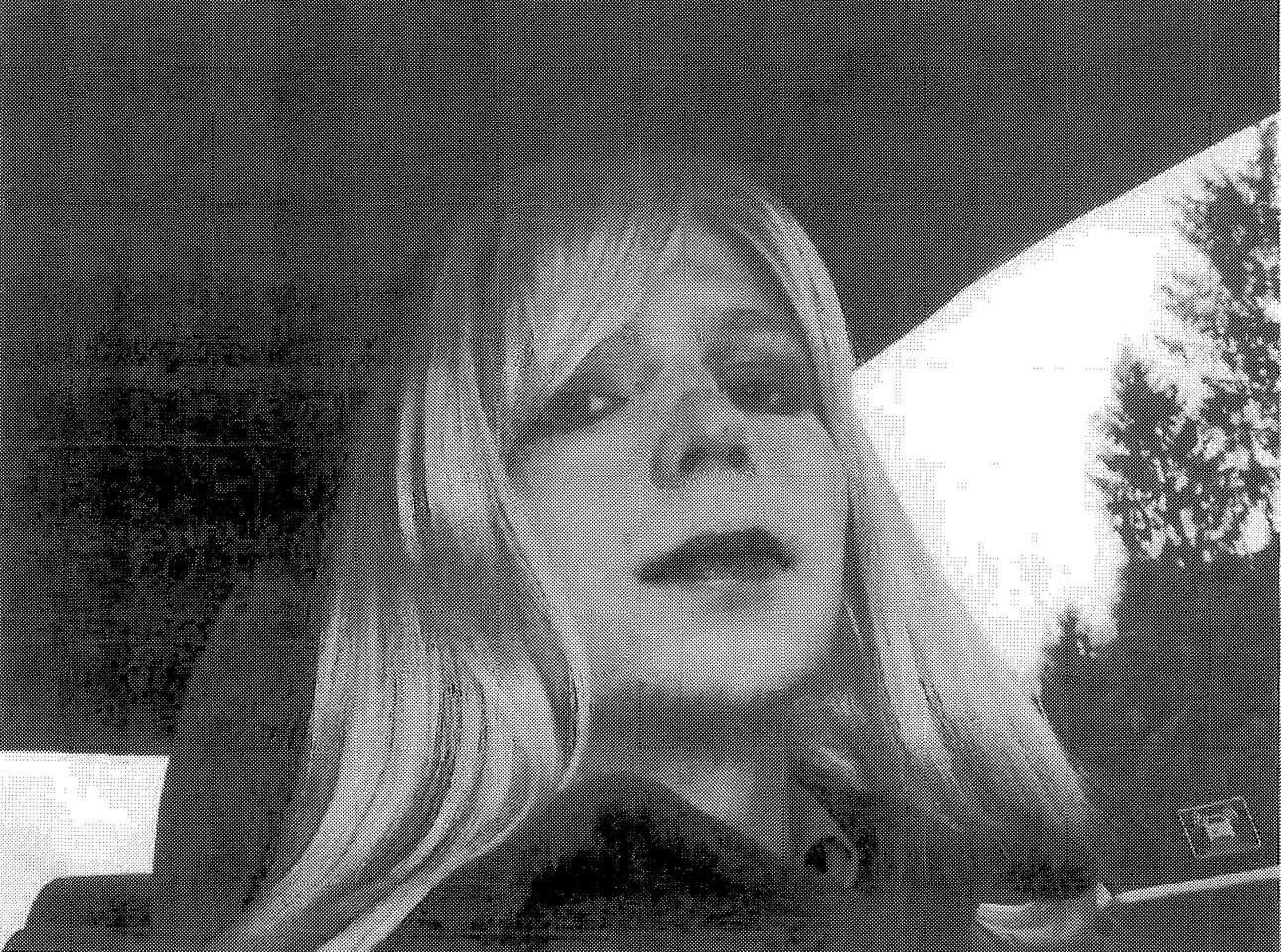 2017-05-16T170706Z_739743175_RC1B9A73AE30_RTRMADP_3_USA-WIKILEAKS-MANNING